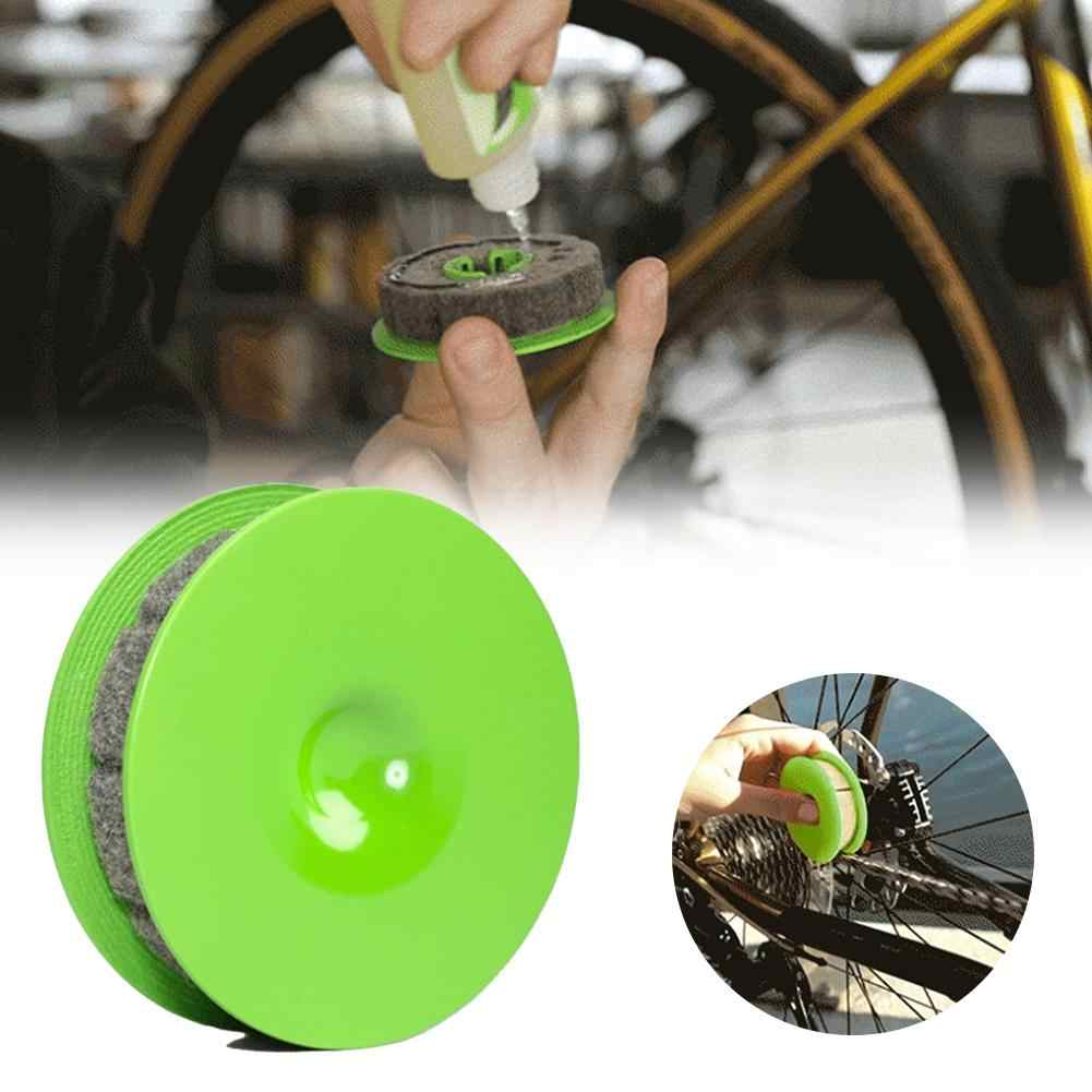 Bike Chain Gear Oiler Roller Bicycle Chain Washer Cleaner Tool Bike Chain Care