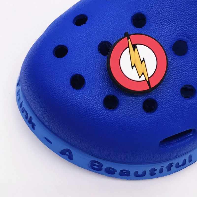 1 個ハルクトールバット男スーパーマンアベンジャーズ靴アクセサリー庭の靴のための装飾の魅力ワニ jibz バックル子供の x-mas のギフト