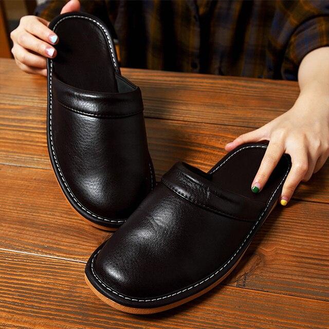 Zapatillas de casa de cuero sintético para hombre, calzado de interior, clásico, para primavera, 2020