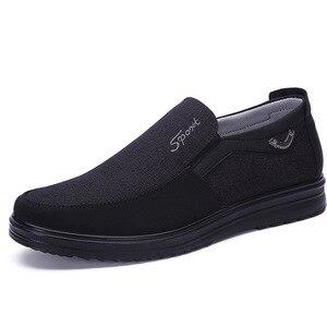 Image 3 - Zapatos de marca de goma adultos para Hombre, Zapatos planos sin cordones, cómodos, transpirables, Tenis masculinos, Zapatos para Adulto, zapatillas de Hombre, zapatillas para Hombre