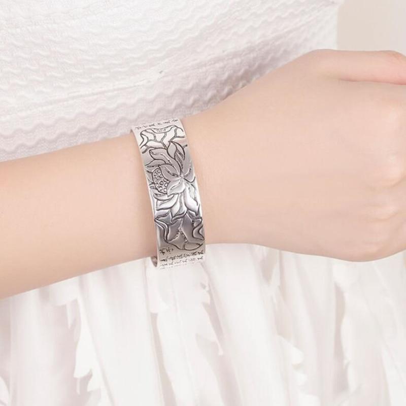 joli Bracelet Lotus Sutra Argent 925 au poignet