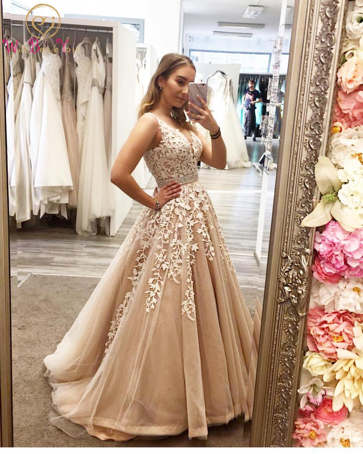 Beaded Prom Dresses Long 2020 V Neck Lace Applique Champagne Prom Gown Robe De Soiree Ball Gown Evening Party Formal Dresses