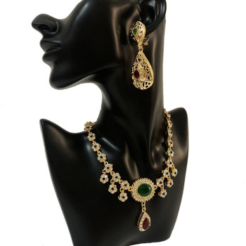Arabian Luxury Crystal Necklace Moroccan Bride Gold Necklace with Green and Red Rhinestone Flower Chain Necklace for Women 2