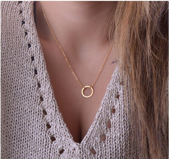GTQ New Fashion Geometric Round Circle Pendant Necklaces Minimalism Women Accessories Short Chain Necklaces Party Jewelry Gift