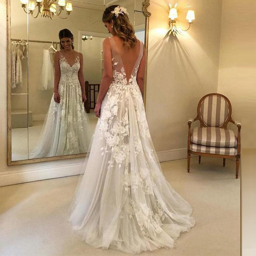 New Arrival White Lace Wedding Dresses 2020 A Line Long V Neck Court Trian Lace Bridal Wedding Party Dresses