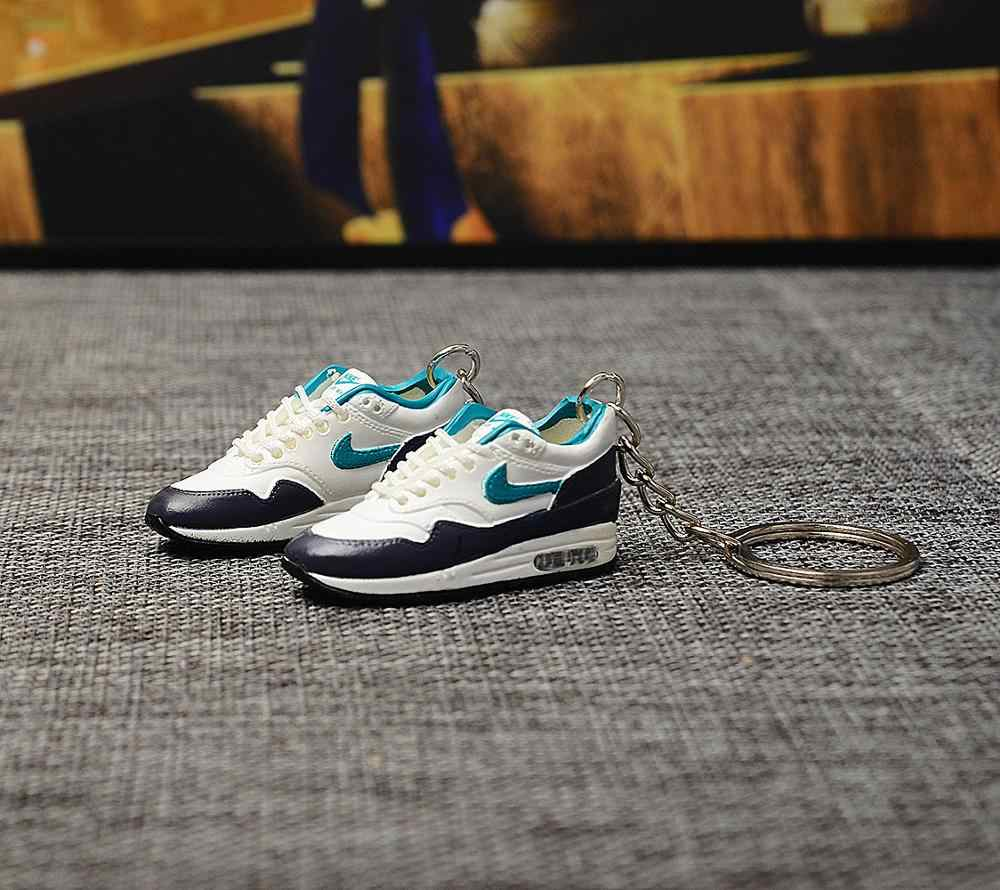 dropshipping  97 GS Green sneaker keychains 1/6 SCALE 3D Mini Sneaker JORDAN keychain doll accessory