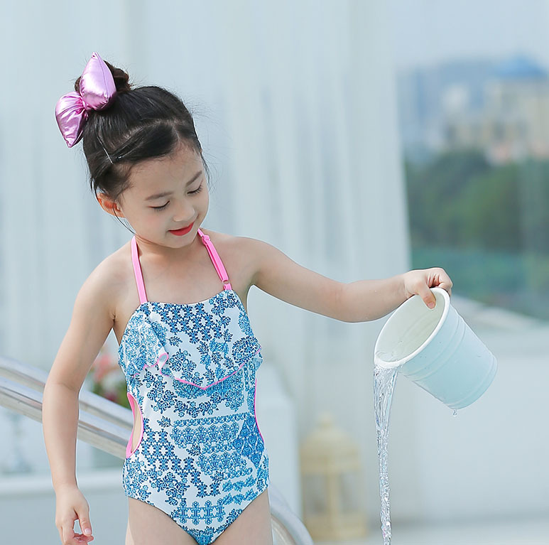 2019 New Style KID'S Swimwear Big Boy European And American Minimalist Blue Floral Hollow Out One-piece GIRL'S Hot Springs Swimw