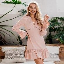 Conmoto 여성 패션 화이트 V 목 짧은 드레스 여성 2019 가을 겨울 세련된 플레어 긴 소매 슬림 미니 파티 드레스 Vestidos
