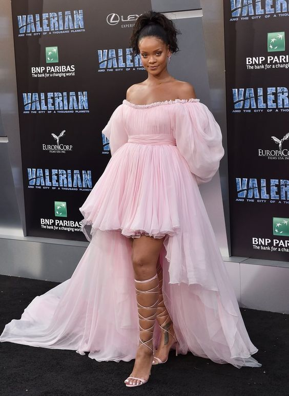 Fashion High Low Evening Dress Off The Shoulder Pink Prom Dresses With Sleeves Tulle Celebrity Formal Evening Gowns 2019 Arabic