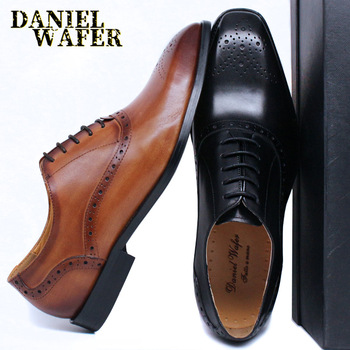 LUXURY MEN OXFORDS SHOES FASHION BROGUE FORMAL MAN SHOES BLACK BROWN LACE UP WEDDING OFFICE DRESS GENUINE LEATHER SHOES MEN luxury italian oxfords genuine leather shoes brogue fashion wing tip black brown lace up wedding office dress men formal shoes