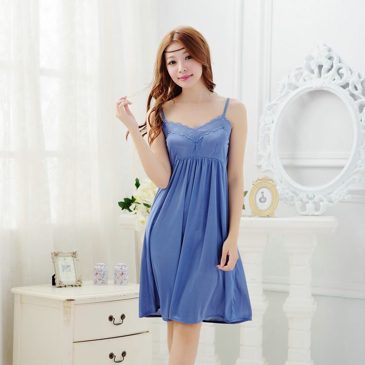 [Puning Shop] Summer Women's Cool Breathable Sexy Generous Camisole Viscose Princess Nightgown 991