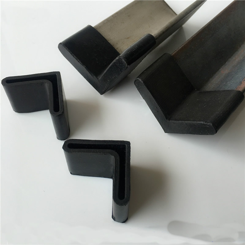 40PCS Triangle Rubber Covers Anti Scratch Furniture Shelf Table Chair Feet Leg Floor Protector Caps Angle Iron End Cap