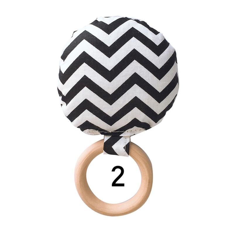 Новорожденный ребенок прорезыватель кольцо Жевательная Прорезыватель портативный ручной безопасная, из дерева натуральное кольцо детские зубы упражняющая игрушка подарок - Цвет: B