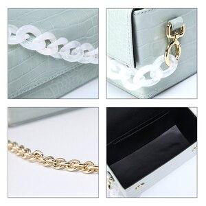 Image 5 - Acryl Kette Box Handtasche Frauen Sommer Mode Grün Krokodil Muster Kleine Platz Schulter Messenger Taschen Weibliche Neue Elegent