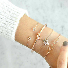 4PCs Crystal Heart Infinity Bracelets for Women Gold Heart Beat Charm Wrist Chain Bracelets Set Fashion Hand Jewelry
