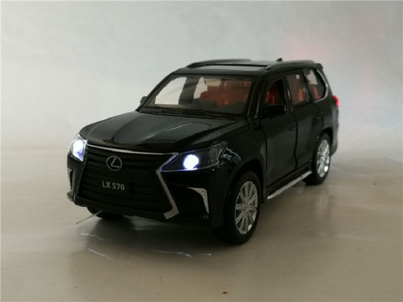 1 32 lexus LX570 alloy pull back car model diecast metal toy vehicles with sound light