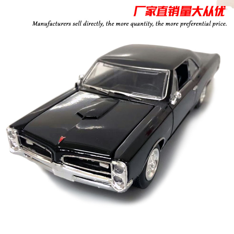 1/24 Scale Car Model Toys USA Pontiac GTO 21cm Length Diecast Metal Car Model Toy For Collection,Gift,Kids