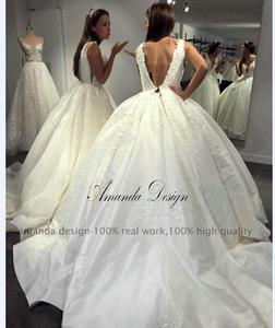 Image 5 - Amanda Disegno robe de mariage 2019 Del Manicotto Della Protezione Del Merletto Appliques Aperto Indietro Abito Da Sposa