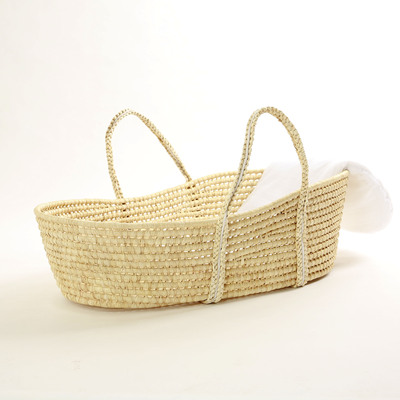 Newborn baby carrier Straw woven sleeping basket Discharged portable basket Can lie flat cradle Car light portable bed