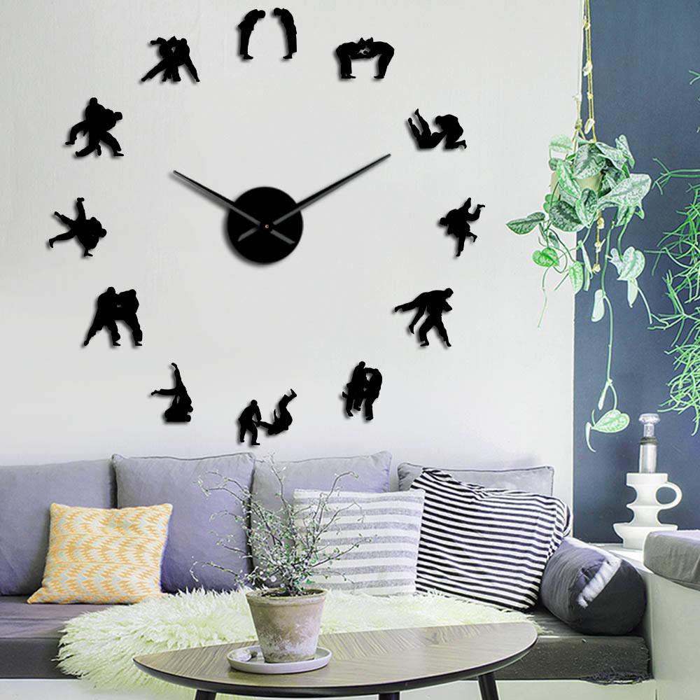 Japanese Martial Training Wall Art Decor Judo Player Silhouette DIY Large Wall Clock Wrestler Frameless Mirror Effect Wall Watch