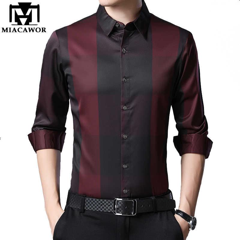 MIACAWOR New 2020 브랜드 드레스 셔츠 남성 봄 긴 소매 격자 무늬 셔츠 슬림 피트 Camisa Masculina 캐주얼 남성 셔츠 C576