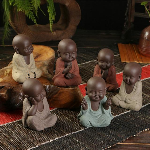 Small Monk Buddha statues wear  Gold Necklace color sand ceramic home club geomantic decoration Purple Sand Figurines Tea Pet 2