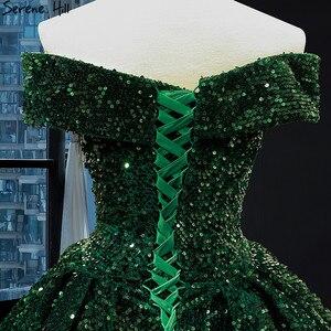 Image 5 - أحدث تصميم الأخضر قبالة الكتف حجم كبير فستان الزفاف 2020 بلا أكمام فاخر الدانتيل الترتر فستان زفاف BHM66742 كوتور