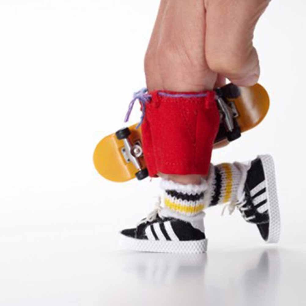 Funny Mini Finger Board Toy Skateboard Kids Skate Gift Children Fingerboard