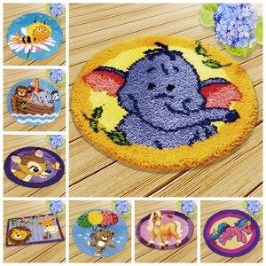 High quality cartoon Knooppakket Smyrna Latch Hook Kits Diy Button Cushion Animals Needlework Mat Klink Haak Kussen Bloem Gift(China)