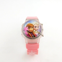 Elsa girl childrens watch with a flashing light on the frozen cartoon stars calendar