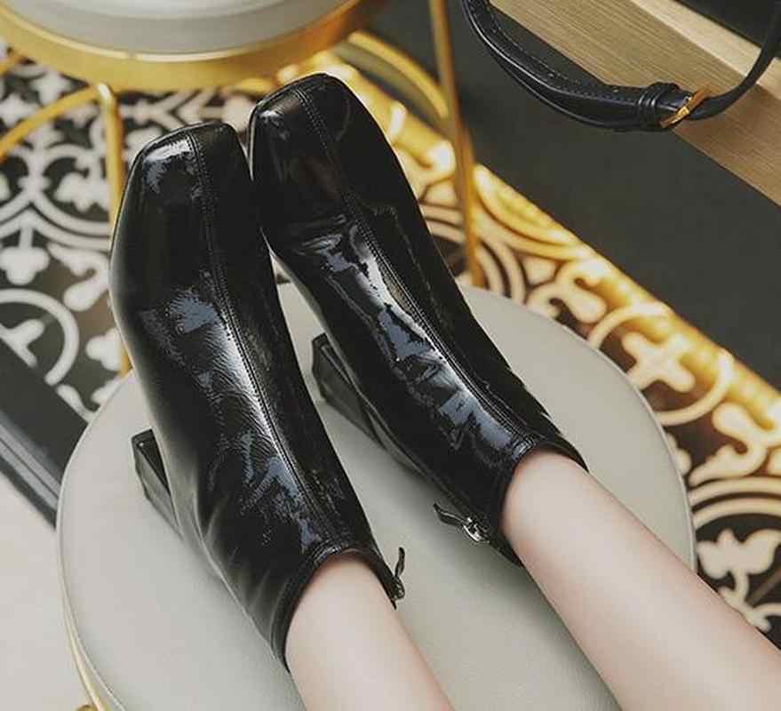 ผู้หญิง Chic ส้นเท้าหยาบ Martin รองเท้าผู้หญิงข้อเท้าลำลองรองเท้าผู้หญิงแฟชั่นสิทธิบัตรหนังรองเท้ากลางแจ้งฤดูใบไม้ร่วงรองเท้าผู้หญิง