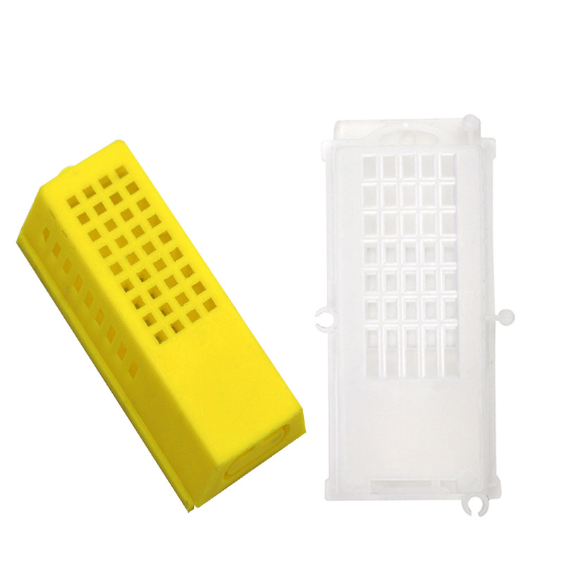 4PCS Beekeeping Post Queen Bee Cage Cell Plastic Tool Turnover Push Transport Plastic Prisoner Bees Tools Free Shipping