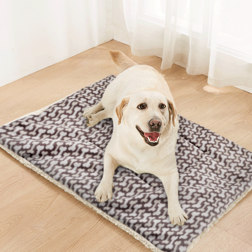 Winter Pet Dog Bed Mat Soft Fleece Puppy Cat Blanket Dog Mattress Beds Warm Sleeping Cushion Kennel For Small Medium Large Dogs