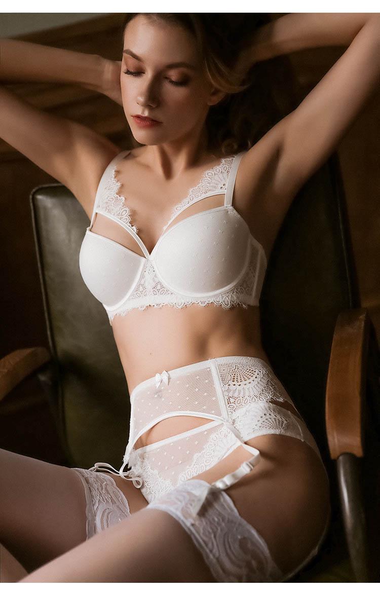 CINOON New Plus Size Underwear Sexy Lingerie Set Push up Bra Set Intimates Temptation Lace bra+panties+garter 3 PcsLots (2)