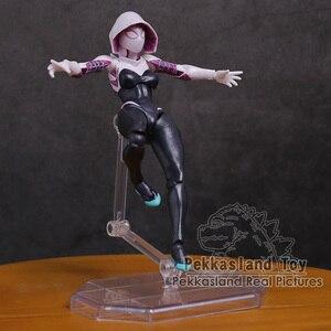 Image 3 - Revoltech seria NO.002 Spiderman / NO.004 Gwen Stacy pająk Gwen pcv figurka Model kolekcjonerski zabawka 15cm