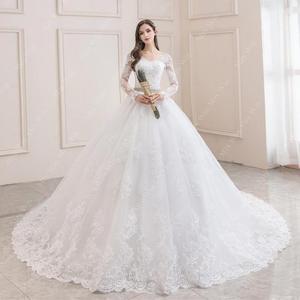 Image 2 - ウェディングドレス 2020 フルスリーブセクシーな v ネック掃引列車のボール王女の高級レース vestido デ noiva ウェディングドレスプラスサイズ