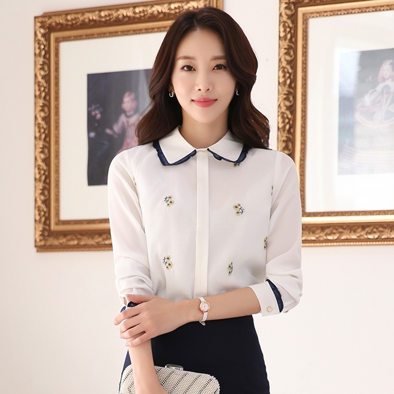 Womens Blouse Autumn New Fashion Doll Collar Shirt Long Sleeve Embroidered Chiffon Blusas 2019