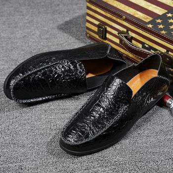 YRZL skórzane buty męskie mokasyny luksusowe Trendy 2021 wygodne wsuwane formalne mokasyny męskie mokasyny włoskie czarne buty męskie męskie buty tanie i dobre opinie podstawowe CN (pochodzenie) Na wiosnę jesień RUBBER 9988 Na co dzień Dobrze pasuje do rozmiaru wybierz swój normalny rozmiar