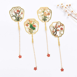 Image 5 - 1pcs Creative Metal Seasons Bookmark Baby Souvenirs Wedding Gifts for Guests Bridesmaid Gifts  Back To School Favors Present