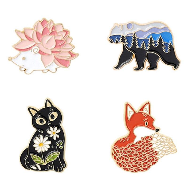 Bag Brooches Hedgehog Jewelry-Gift Lapel-Pin Animal-Badge Forest Garden Custom Bear Friends