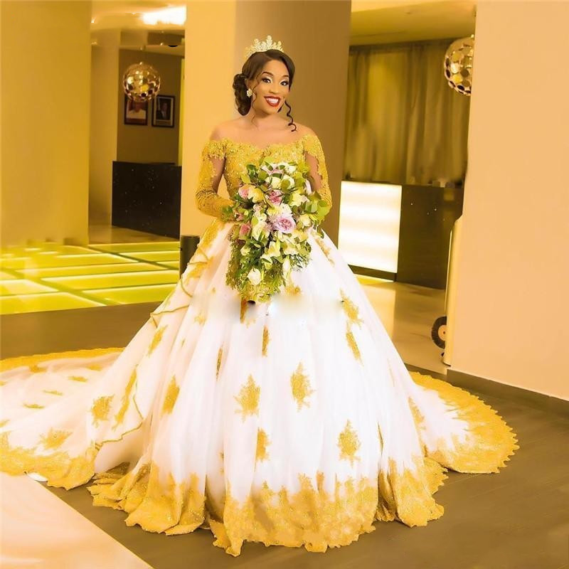 African Black Girls White With Gold Lace Wedding Dresses 2019 Long Sleeves Beaded Appliques Skin Tulle Long Sleeves Bridal Gowns