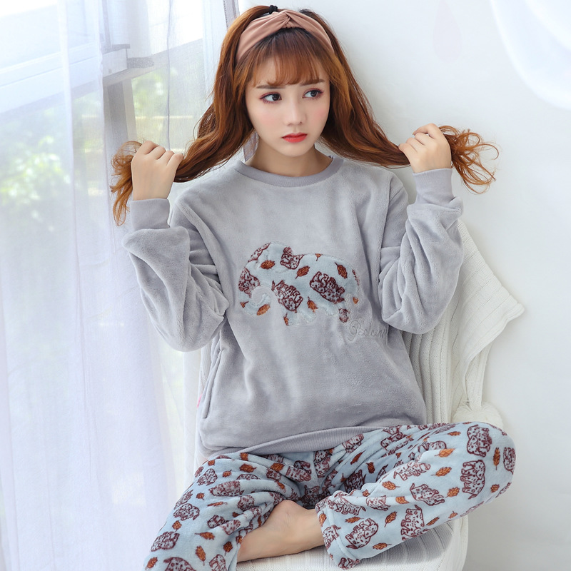 [According Feminine] Winter Hot Selling Flannel Elephant 27 Yuan M -Xxl Pajamas Suit