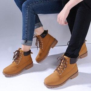 Image 4 - 冬のブーツの女性靴2020ウォームぬいぐるみ正方形のかかとの女性雪のブーツの女性レースアップアンクルブーツ冬靴女性bota ş mujer