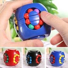 Cube magique coloré petit Cube magique rotatif Cube enfants soulagement du Stress jouet pour adultes enfants plastique 5-7 12-15 ans Mini Cube