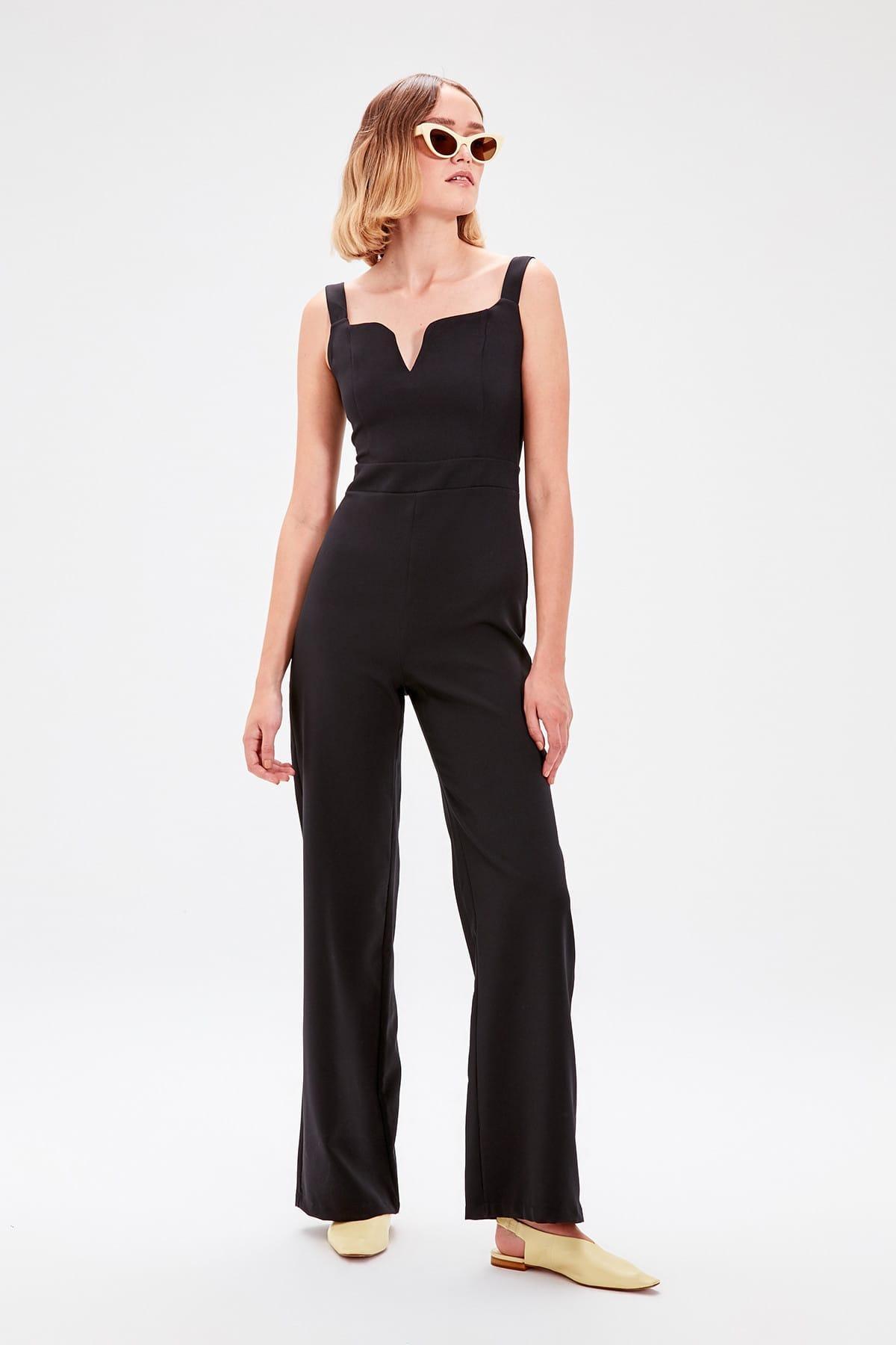 Trendyol Black Halter Jumpsuit TWOAW20TU0016