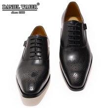 İtalyan ayakkabı erkekler deri toka kayış iş ofis siyah ayakkabı LACE UP BROCUE resmi sivri burun OXFORDS ayakkabı moda elbise