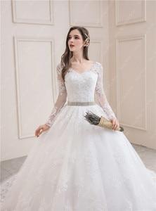 Image 5 - ウェディングドレス 2020 フルスリーブセクシーな v ネック掃引列車のボール王女の高級レース vestido デ noiva ウェディングドレスプラスサイズ
