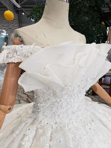 Image 5 - BGW HT42829 Special Wedding Dress Like White Pure New Off The Shoulder Lace Up Back Luxury Wedding Gown 2020 New Fashion Design
