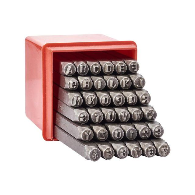 36 pz/scatola di Ferro In Metallo Tenuta Francobolli Set Tra Cui Lettera A ~ Z Numero 0 ~ 8 e Ampersand & Nero metallo Tag Pendant Strumento di Stampaggio