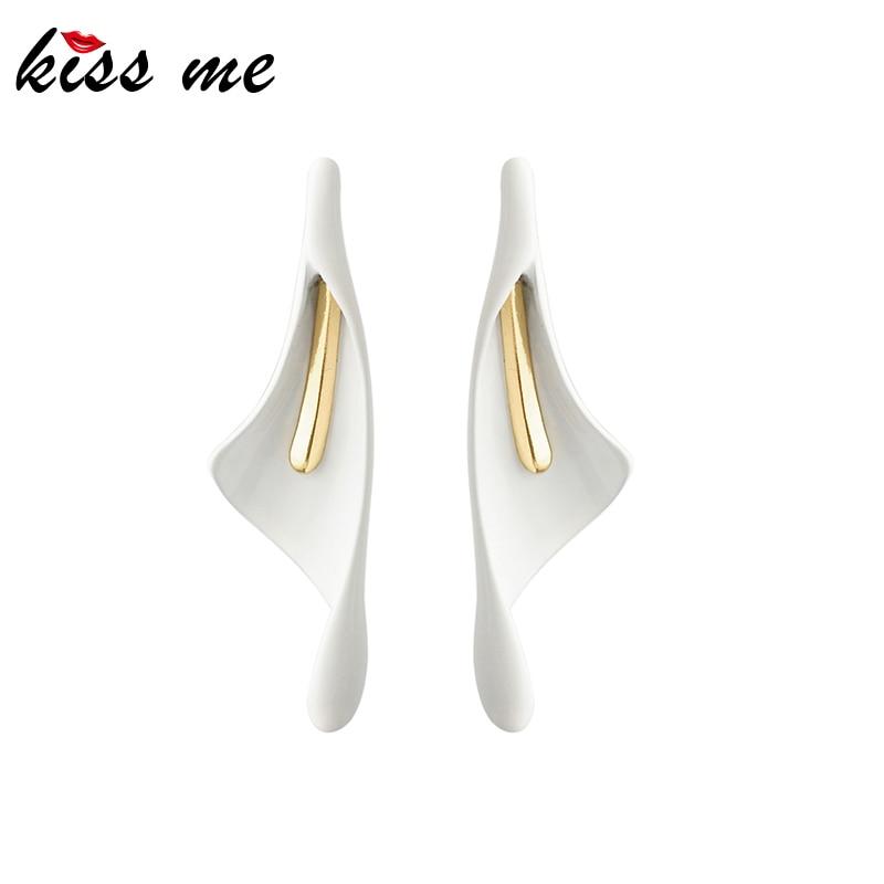 Kissme Fashion Earrings For Women 2020 Spring White Geometric Calla Lily Drop Earrings Women Elegant Brand Jewelry Wholesale